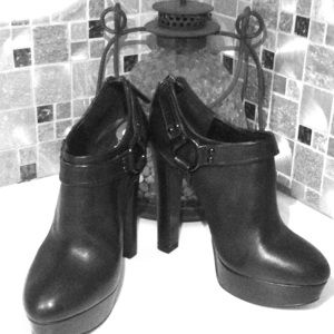 Aldo sexy ankle boots